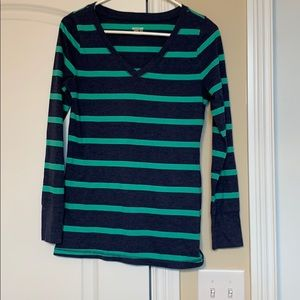 Long sleeve navy and green striped v-neck tee